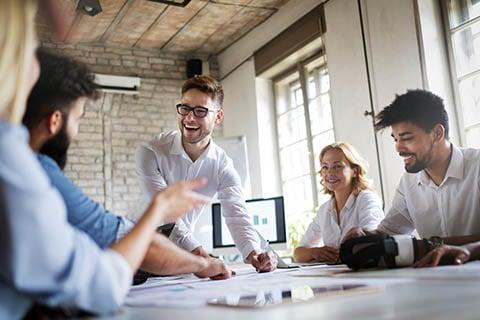 Hiring Multidisciplinary Teams for Innovation